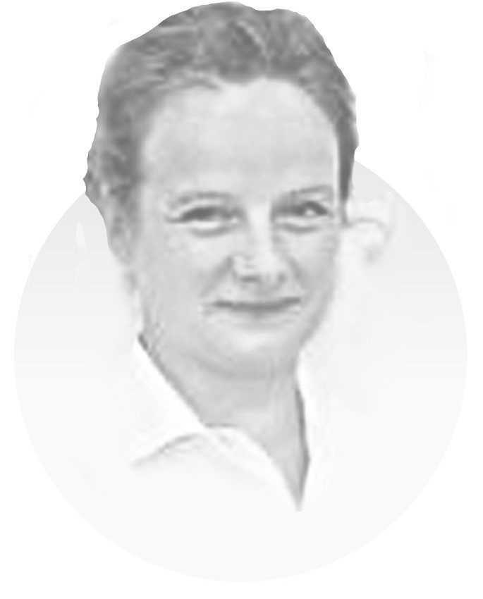 DR. ANKE MOTHES